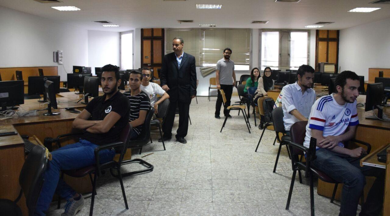 كلية الهندسة جامعة مصر للعلوم والتكنولوجيا تناقش تأثير تقنية النانو اقتصاديا واجتماعيا