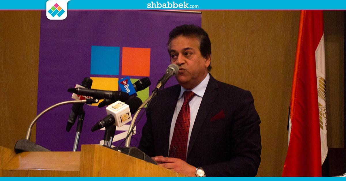 وزير التعليم العالي يكشف مصير 1738 طالب قطري في مصر
