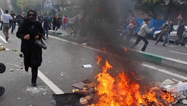 اشتبكات وأعمال عنف خلال تظاهرات إيران 2017-2018