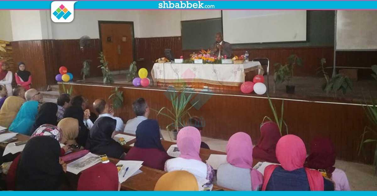 «زراعة أسيوط» تستقبل الطلاب الجدد بندوة تعريفية عن الكلية
