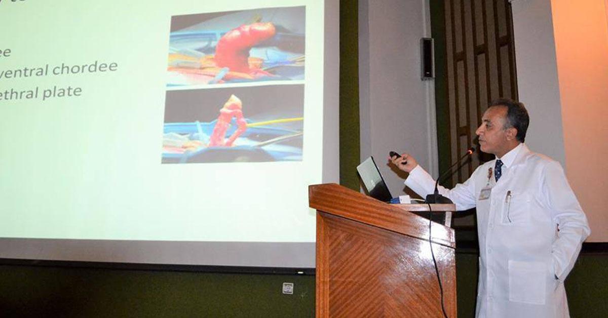بمشاركة متدربين من دول أفريقيا.. انطلاق دورة جراحات المسالك البولية بجامعة المنصورة