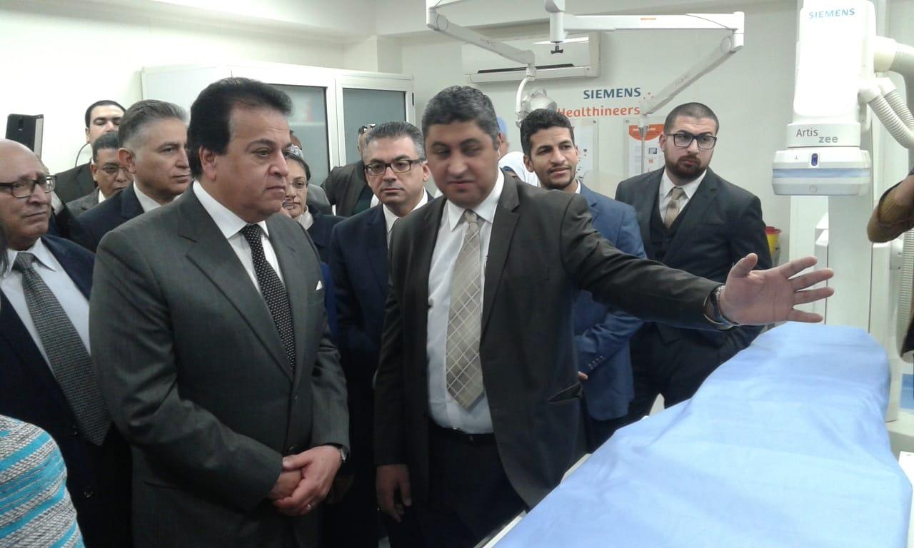 وزير التعليم العالي يفتتح تجديدات مستشفى عين شمس التخصصي