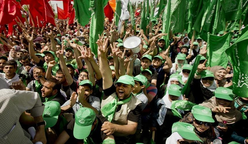 حماس «إرهابية واقتحمت السجون واغتالت النائب العام»، لكن هناك حسابات أخرى