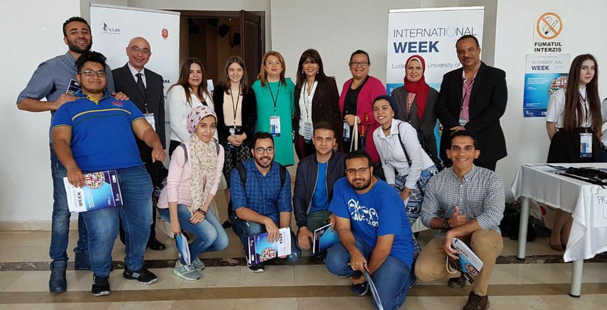 جامعة مصر للعلوم والتكنولوجيا تشارك بوفد من الأساتذة والطلاب في مبادرة برومانيا (صور)
