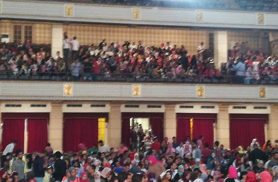 جامعة القاهرة تسمح بحضور حفل «محمد محسن» بدون دعوات