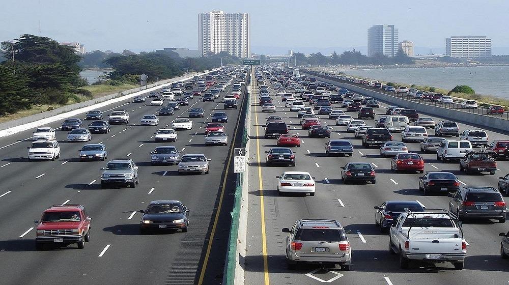 ننشر مواد قانون المرور الجديد قبل موافقة البرلمان