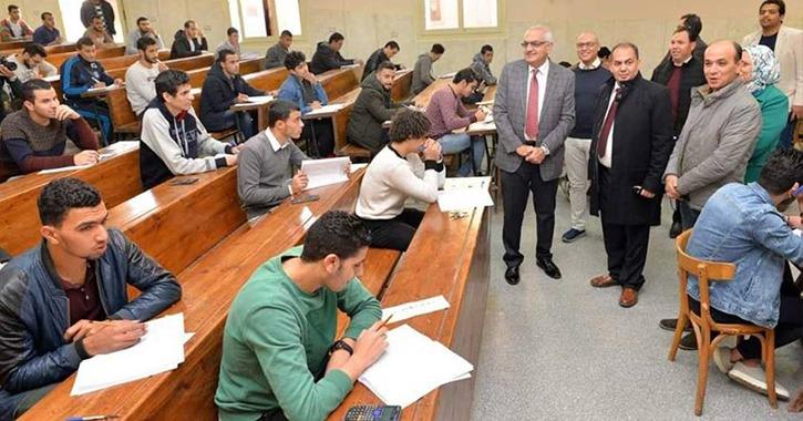 36 طالبا بجامعة المنصورة يؤدون الامتحانات في السجون