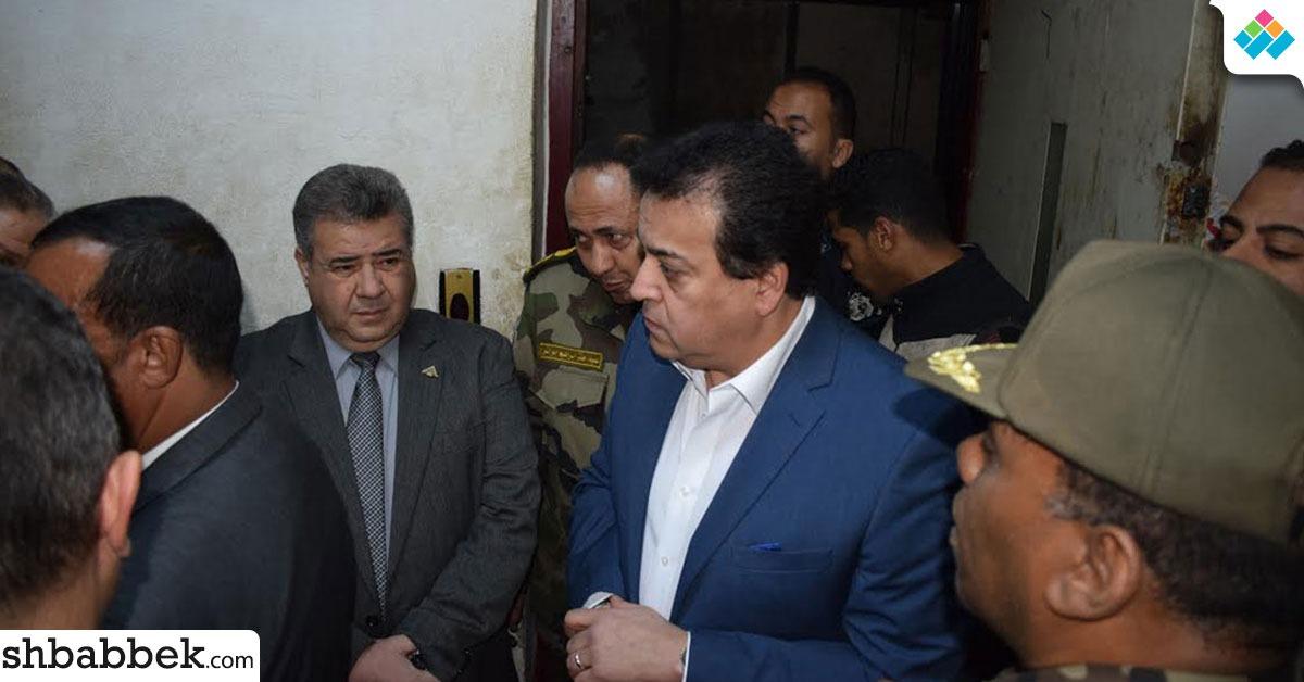 وزير التعليم العالي يُحيل مسئولين في جامعة بنها إلى النيابة العامة بعد حادث «الأسانسير»