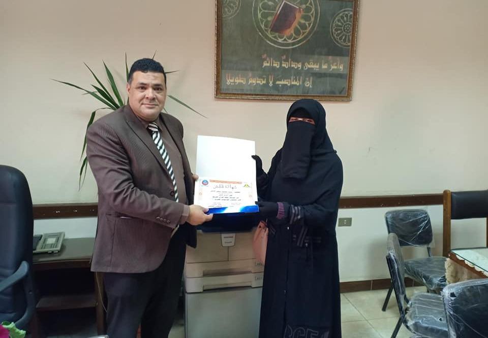 طالبة بجامعة بنها تحصد المركز الأول في القرآن الكريم على مستوى الجامعات
