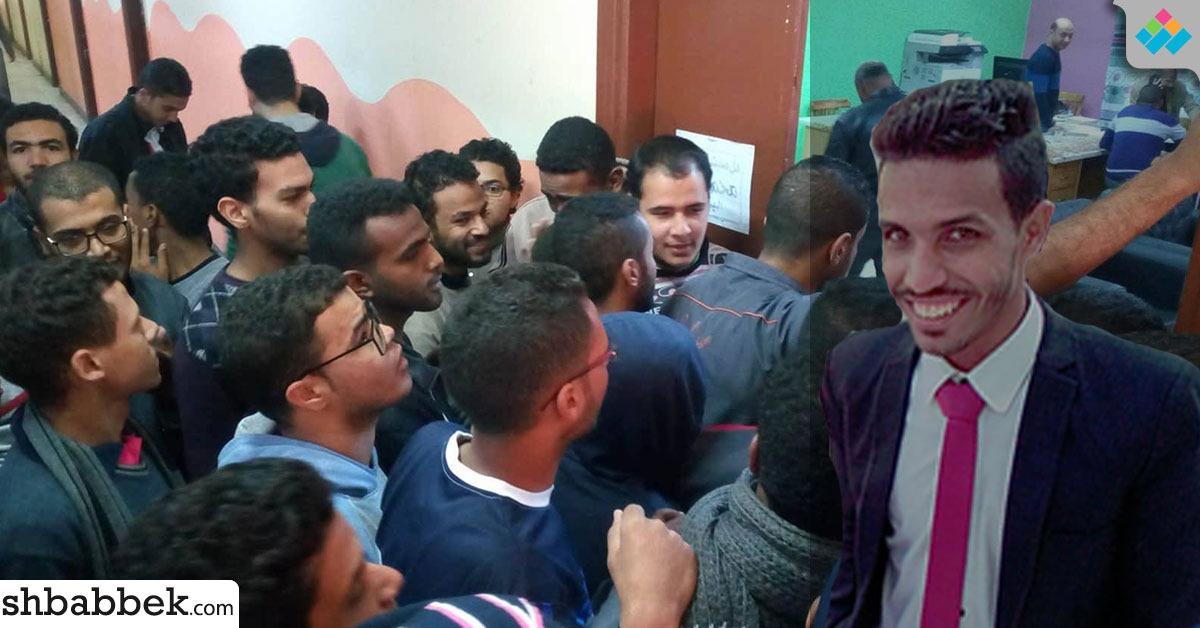 اتحاد طلاب أسوان: رئيس الجامعة وعد بحل أزمة الطلاب المتظاهرين في المدينة