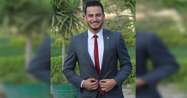 الطالب محمد أنصاري أفضل مراسل تليفزيوني بجامعة سوهاج