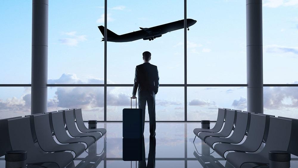 كيف تحمي نفسك في السفر؟.. دليل الأمان الشخصي للمصريين بالخارج