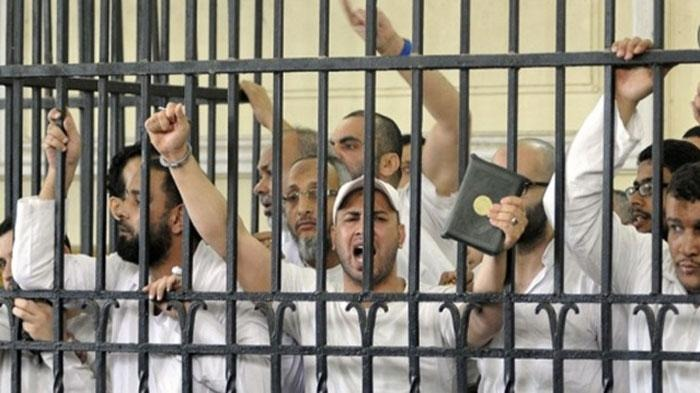 إعدام 20 والمؤبد لـ80 متهما باقتحام «قسم كرداسة»