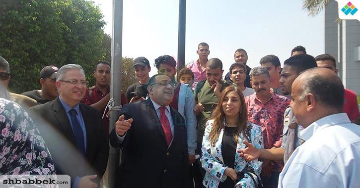 رئيس جامعة حلوان يوجه الطلاب بالالتزام مع «الدكاترة»