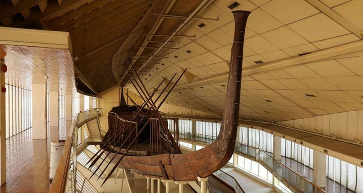 سفينة خوفو .. معلومات عن مركب الجنائز التي اكتشفت صدفة