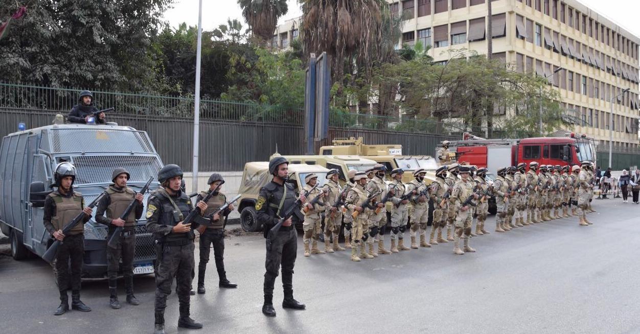 النيابة الإدارية:تنسيق بين القوات المسلحة والشرطة لتأمين الاستفتاء على الدستور