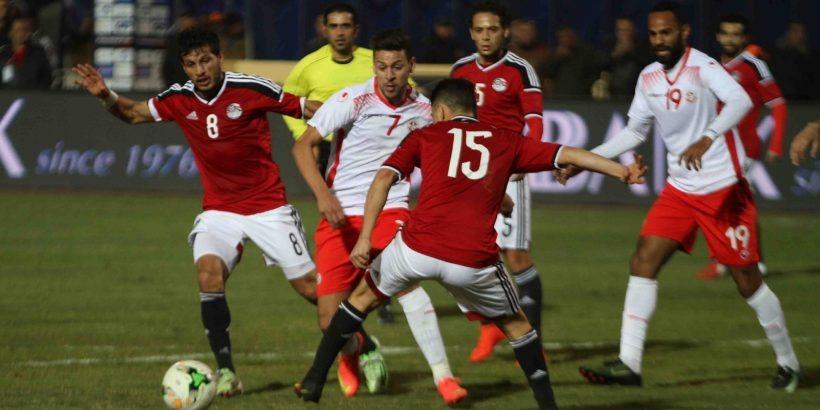 «الفراعنة» يواجهون تونس بتشكيل هجومي.. وقنوات مفتوحة تنقل المباراه