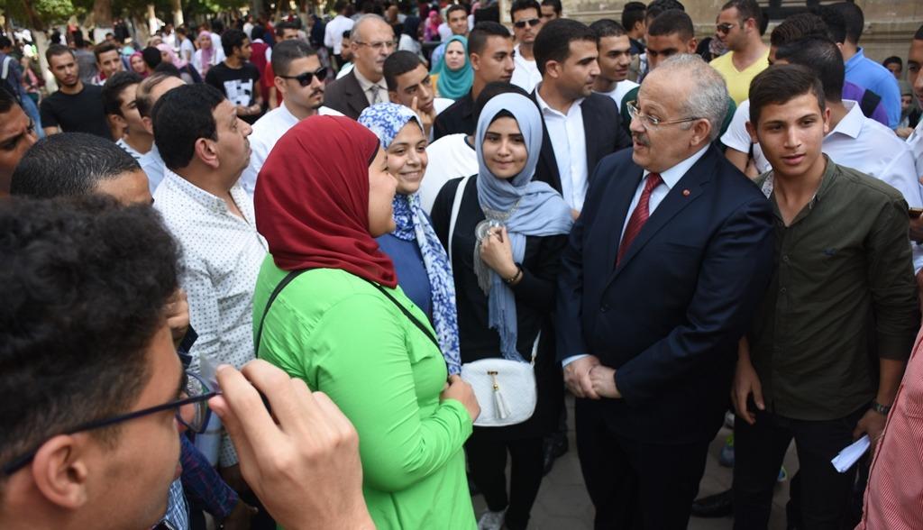توفير «عربيات أكل» في جامعة القاهرة