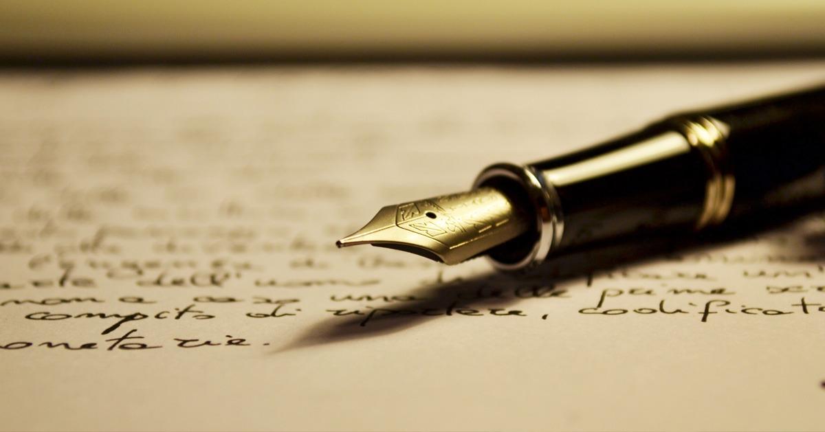 تعلم كتابة القصص والروايات.. هذه الكتب تساعدك