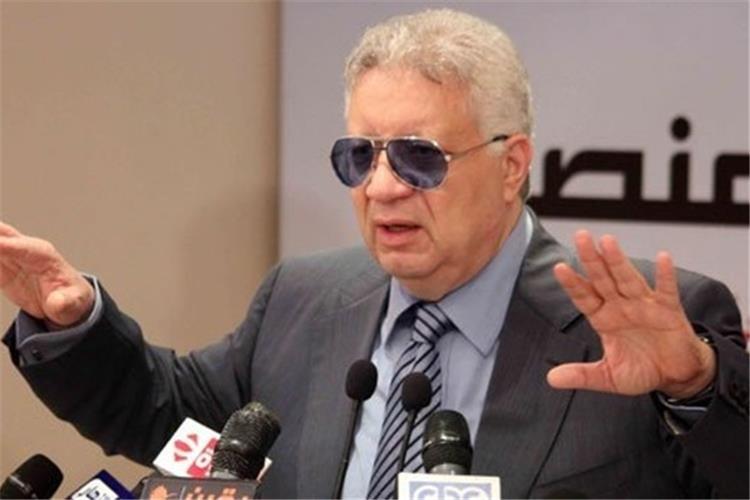 مرتضى منصور يهاجم محمد صلاح بسبب صوره مع أبو تريكة وباسم يوسف