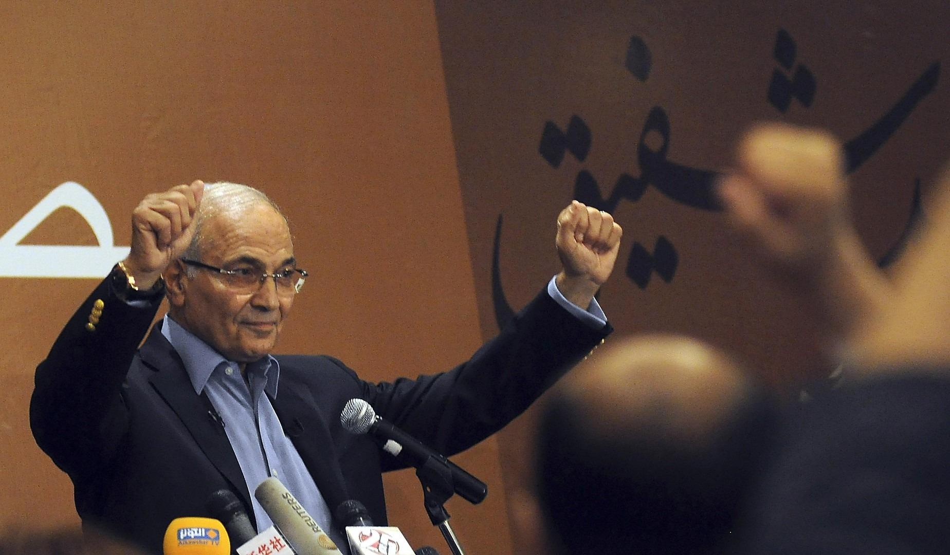 5 أوراق رابحة قد تقود «شفيق» لعرش مصر (تحليل)
