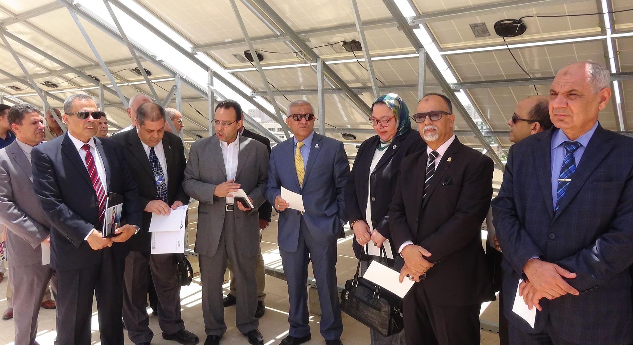 افتتاح محطة للطاقة الشمسية بجامعة المنيا