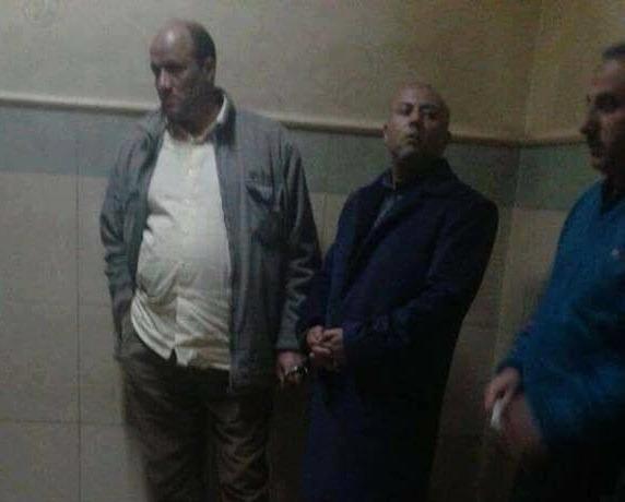 شاهد.. محافظ المنوفية هشام عبد الباسط «متكلبش» في النيابة