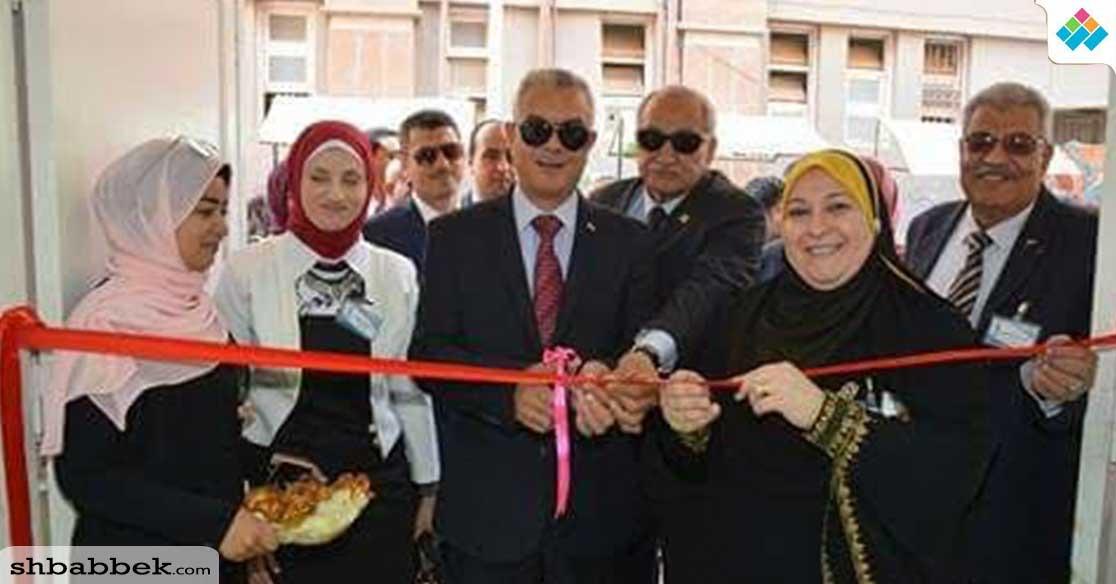 افتتاح المعرض الفني لطلاب التربية التوعية بحضور مستشار وزير التعليم العالي