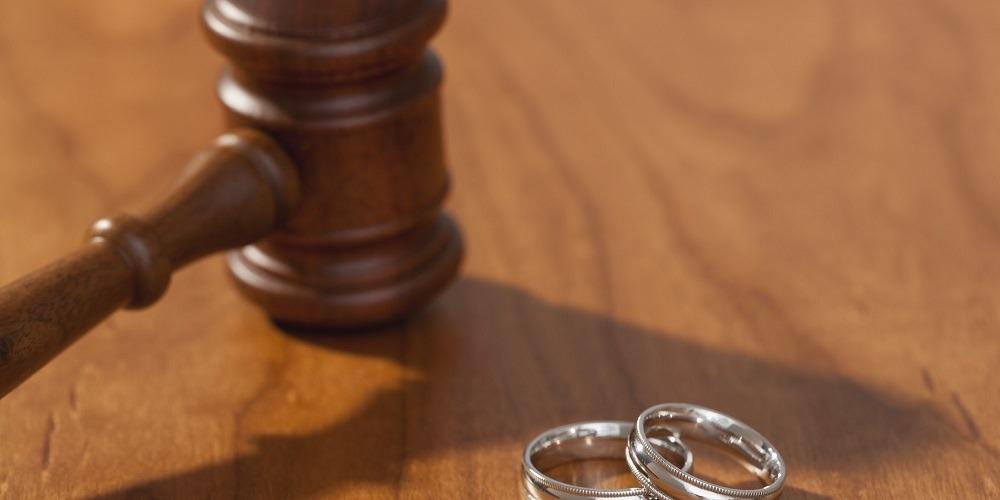 الطلاق الغيابي.. هروب من المسؤولية والميراث يقره القانون