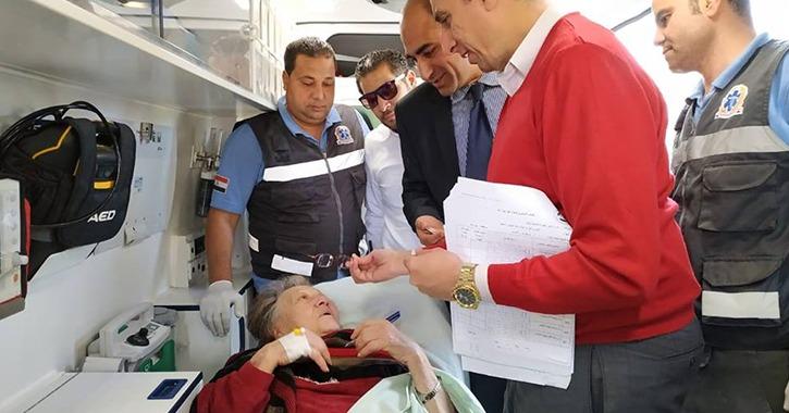 المناضلة زينب الكفراوي أثناء التصويت على الاستفتاء