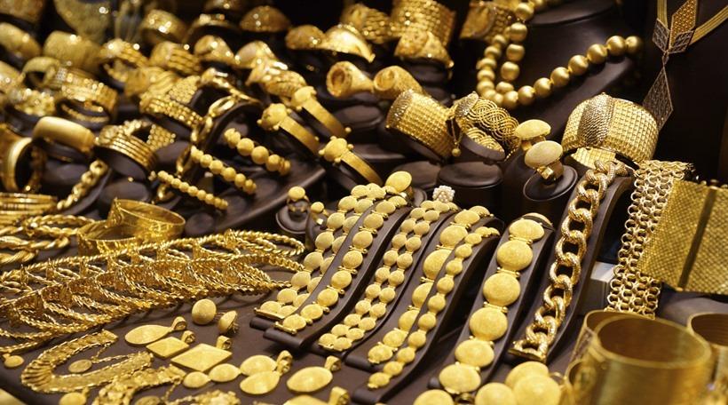http://shbabbek.com/upload/الذهب ينخفض.. وعيار 21 يسجل 628 جنيها
