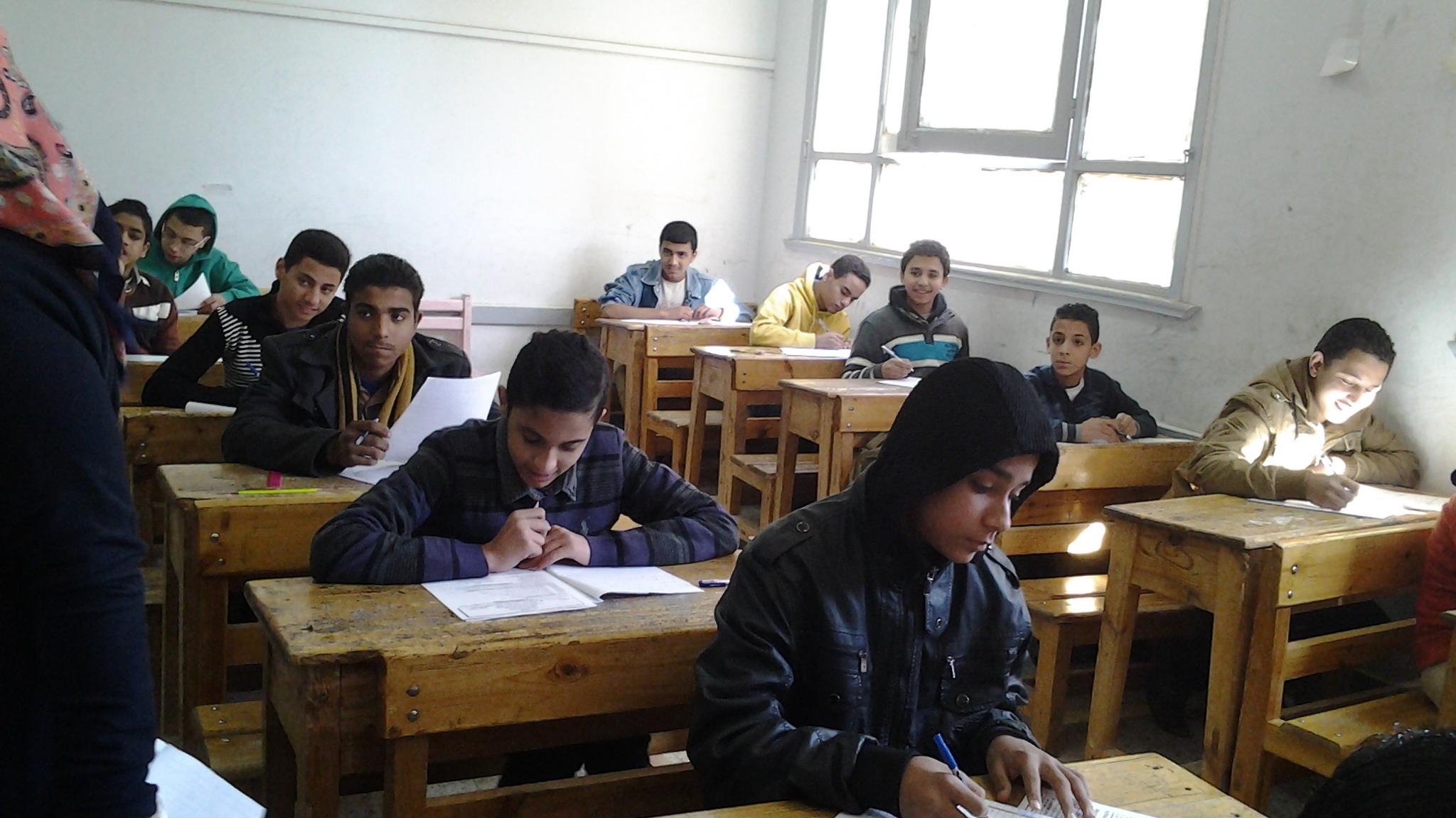 تسريب امتحان الفيزياء لطلاب الثانوية الفنية