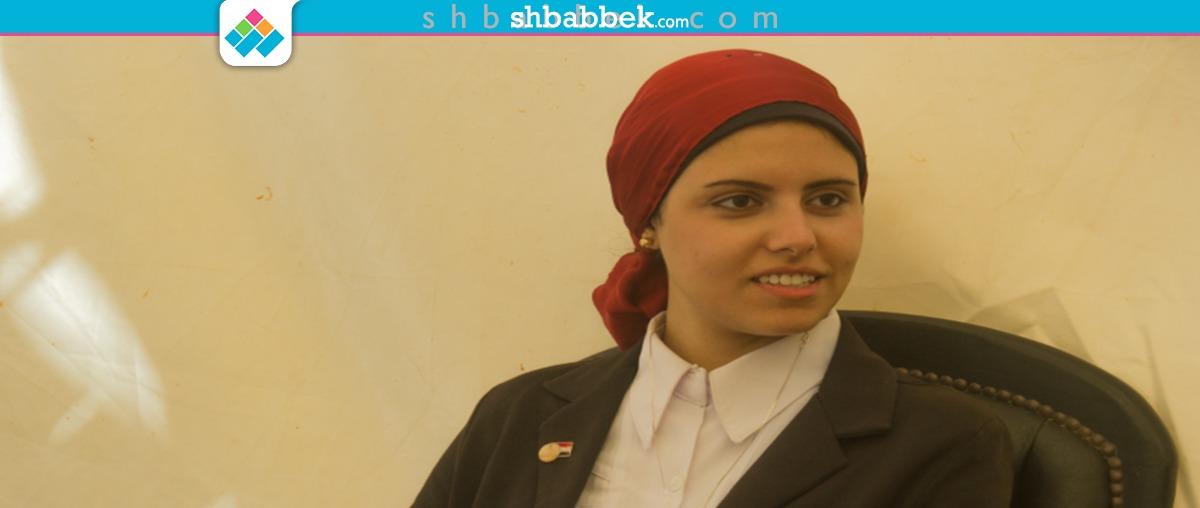 رئيس برلمان عين شمس تغني في يوم وليلة  فيديو