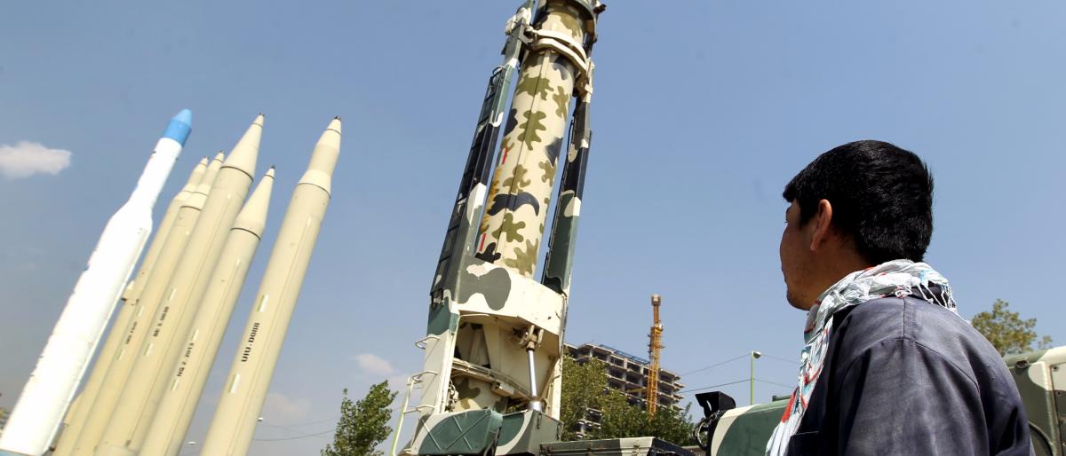 التحالف العربي: صواريخ الحوثيين خطر على دول الجوار