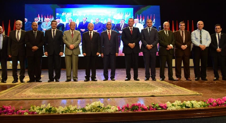 جامعة المنيا تحتفل بانتهاء فترة رئاسة الدكتور جمال أبو المجد