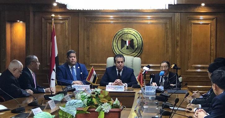 توقيع اتفاقية المنحة الصينية لتجميع القمر الصناعي «مصر سات 2»