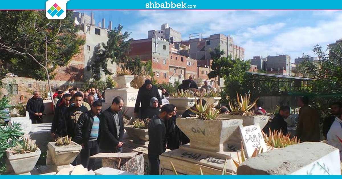 صور| جنازة الشقيقتين حسناء وأسماء خالد من ضحايا رحلة «صيدلة الإسكندرية»