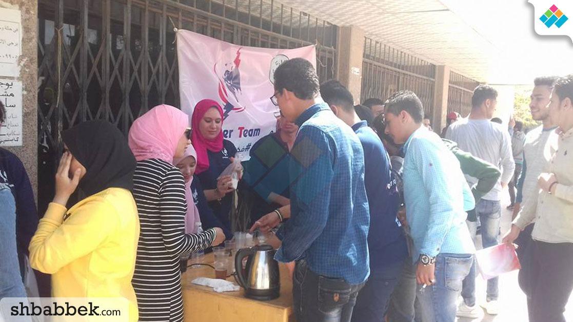 تعاشب شاي.. POWER TEAM بجامعة المنصورة ينظم يوما ترفيهيا للطلاب (صور)