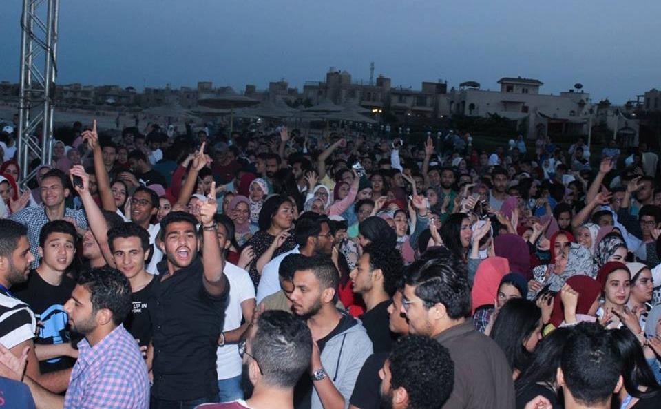 فريق «الدخلاوية» يحيي حفلا في رحلة اتحاد طلاب «تجارة إنجليش» جامعة القاهرة
