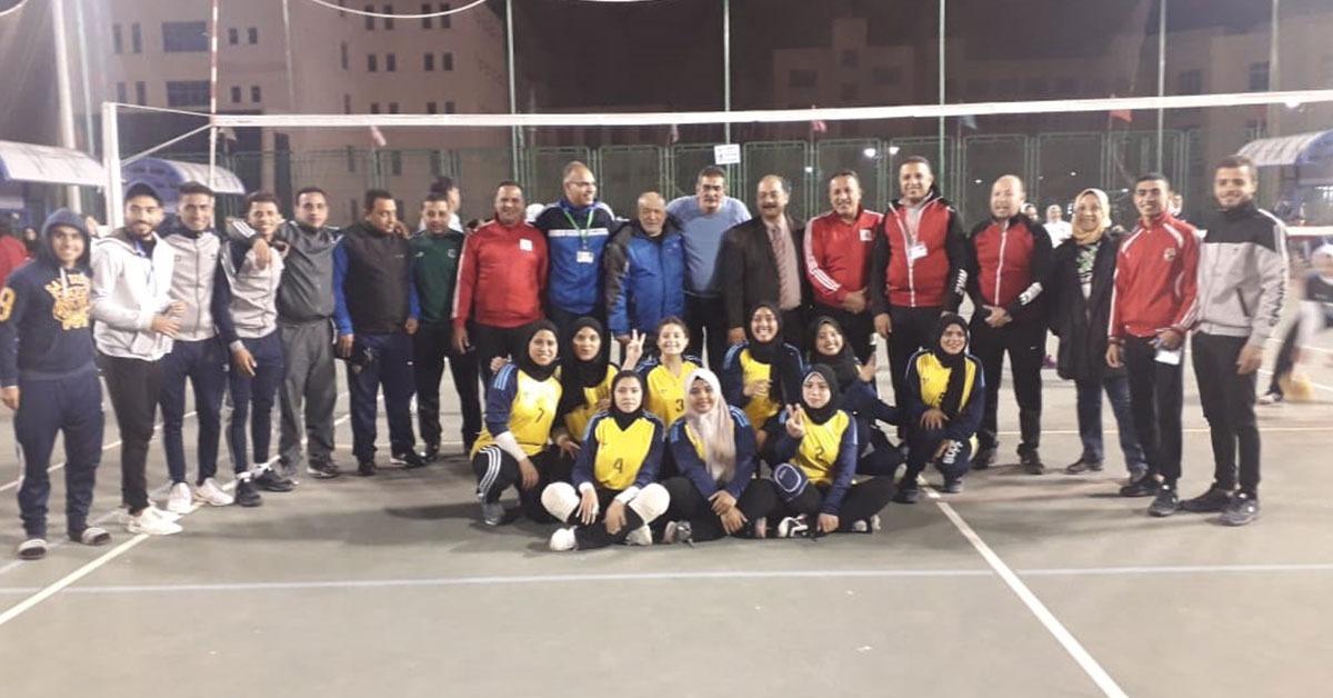 صعود منتخب جامعة أسيوط إلى المربع الذهبي في كرة الطائرة بأسبوع شباب الجامعات