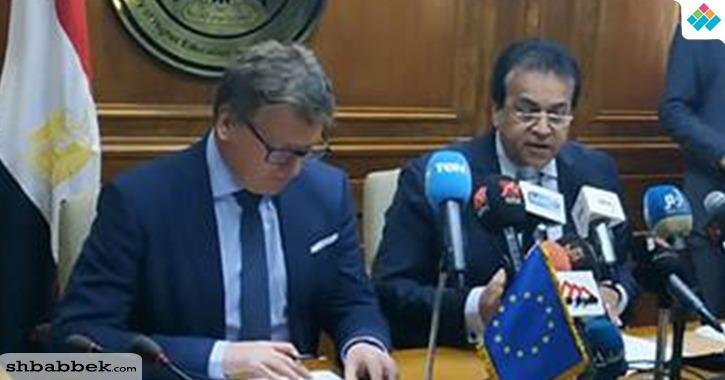 سفير الاتحاد الأوروبي يشجع الطلاب والباحثين المصريين على الهجرة الشرعية