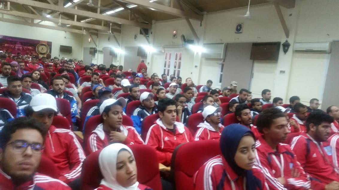 وزارة التعليم العالي تقيم معسكرا للاتحادات الطلابية بمعهد إعداد القادة