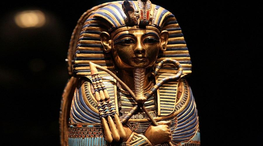 المطالبية.. التنقيب عن عن الآثار الفرعونية تحت سمع وبصر الحاكم
