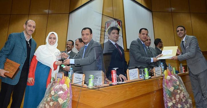 محمد فرغلي ونوران محسن يحصدان لقب «المثالي» في جامعة أسيوط