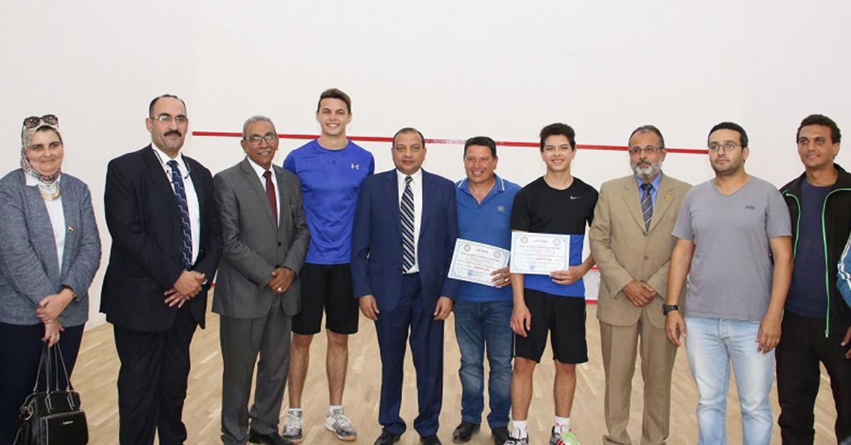 جامعة بني سويف تفتتح ملعبي الهوكى والاسكواش بكلية التربية الرياضية