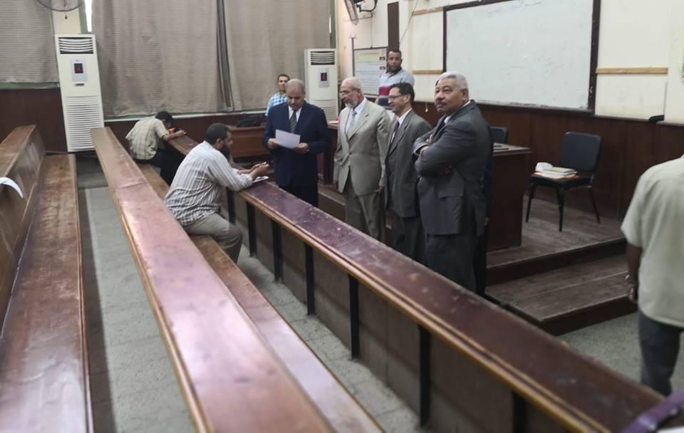 رئيس جامعة الأزهر يتفقد امتحانات التصفية بكليات فرع طنطا