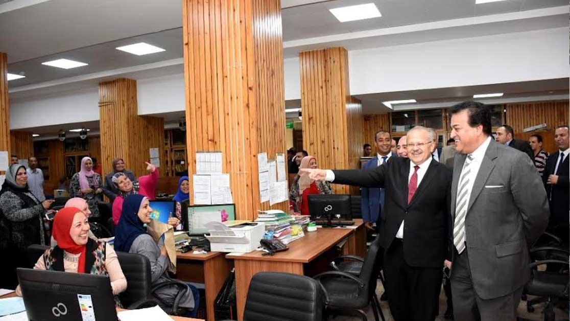 وزير التعليم العالي يزور جامعة القاهرة