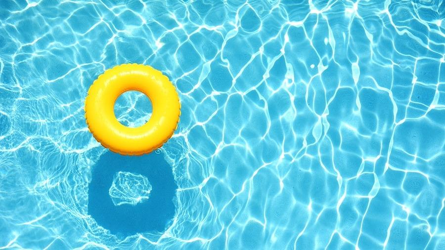 تعلم السباحة للمبتدئين.. فيديوهات هتخليك «سمكة في الميه»