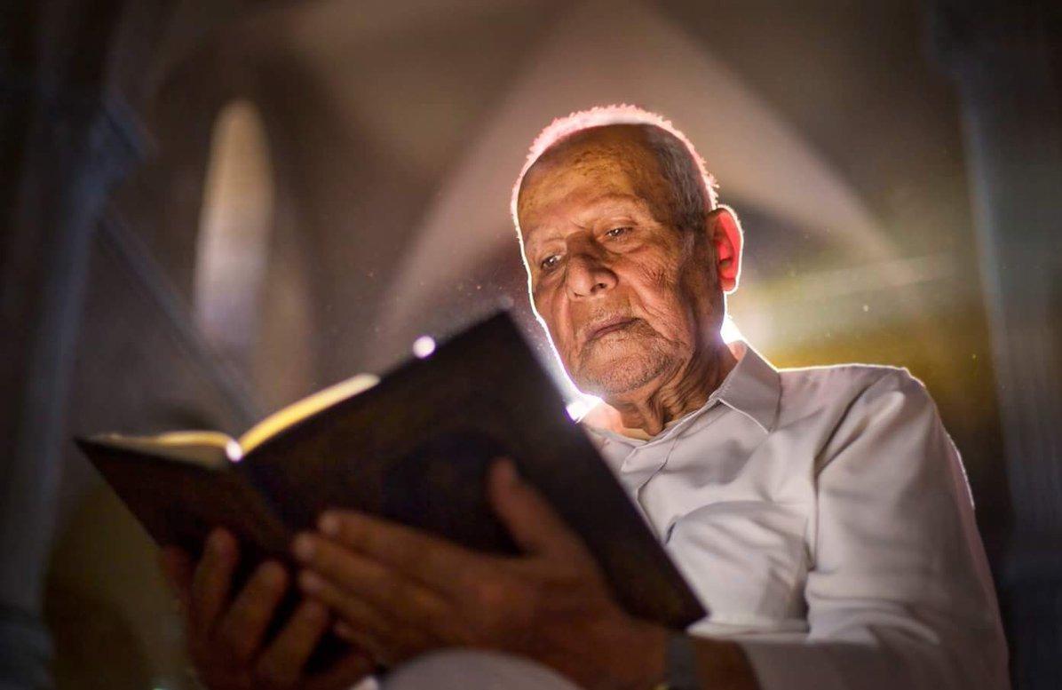 تعرف على حكم قراءة القرآن بأكثر من نية (فيديو)