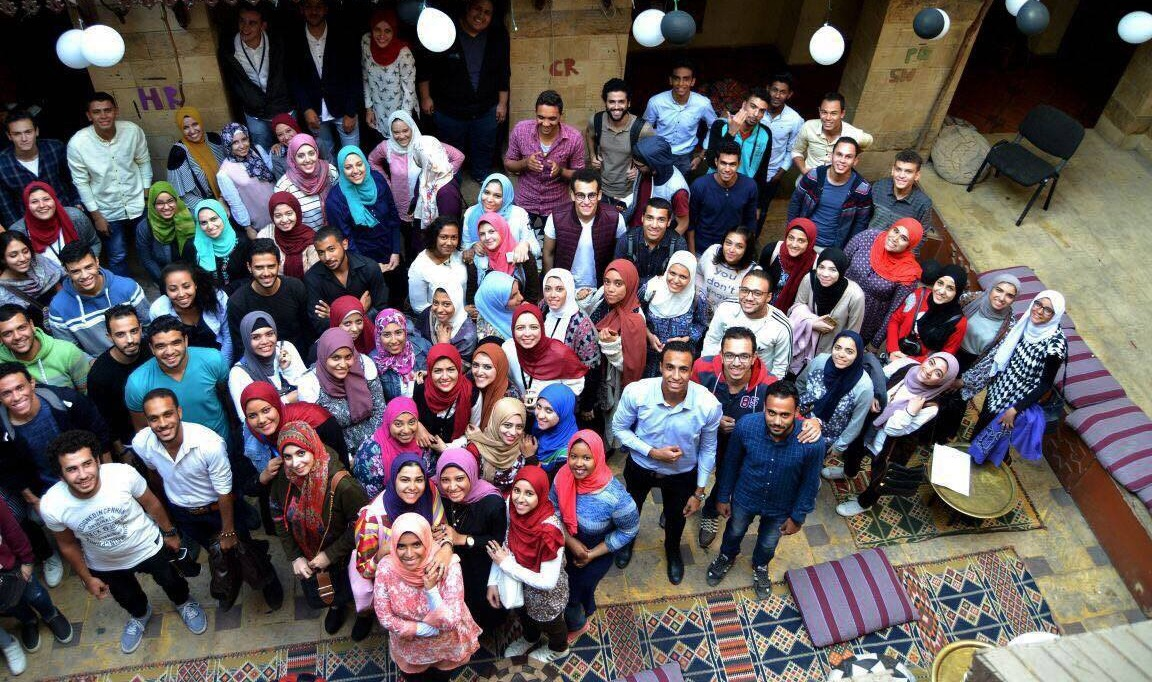 صور| نموذج «link» بتجارة القاهرة يفتتح فعالياته للأنشطة الطلابية